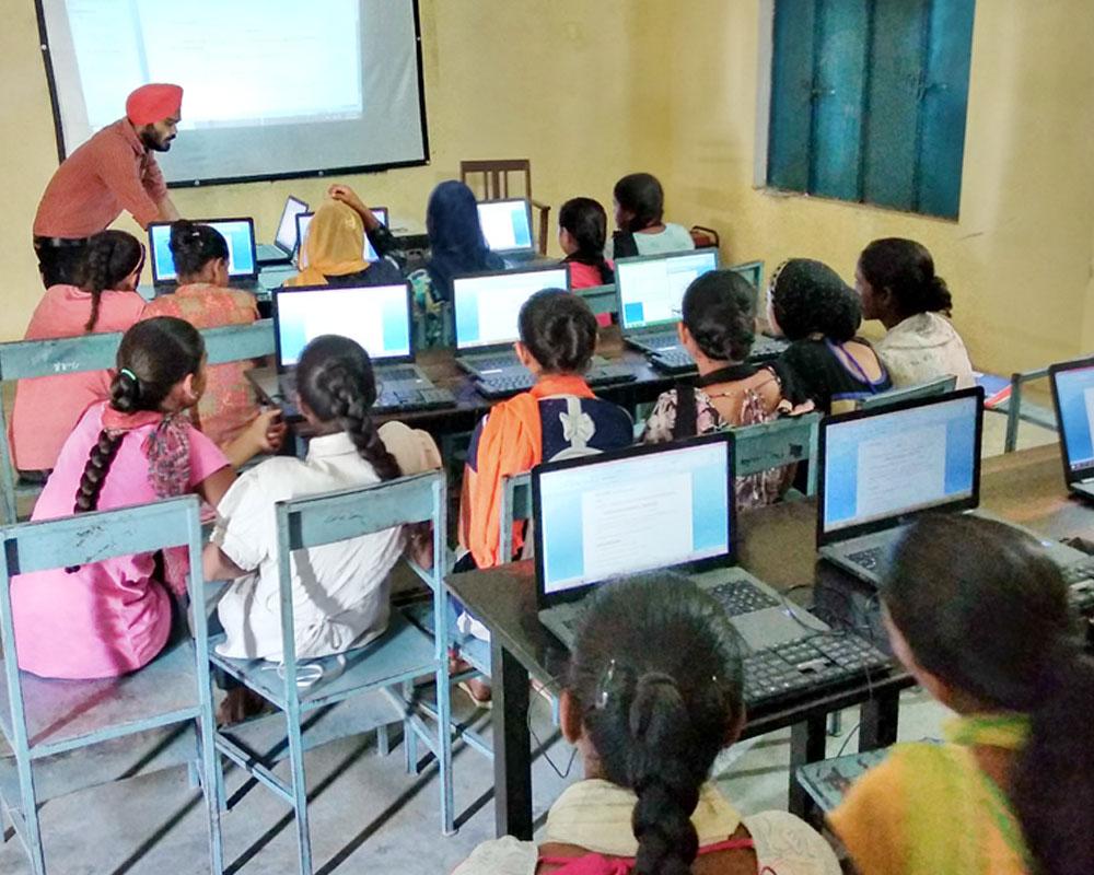 computer-education-4